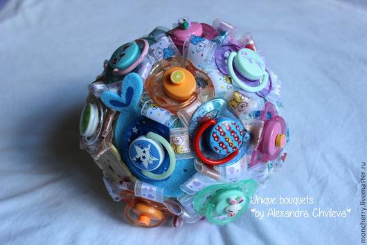 """Свадебные цветы ручной работы. Ярмарка Мастеров - ручная работа. Купить Брошь-букет """"Малыш"""" на рождение, букет на выписку, букет Baby Shower. Handmade."""