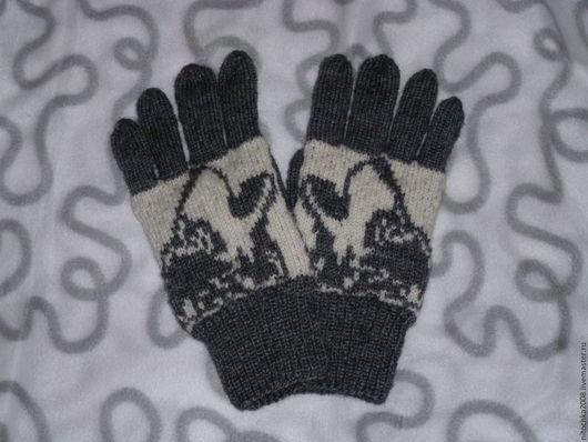 """Варежки, митенки, перчатки ручной работы. Ярмарка Мастеров - ручная работа. Купить Мужские перчатки """"Волк"""" 3. Handmade. Комбинированный"""