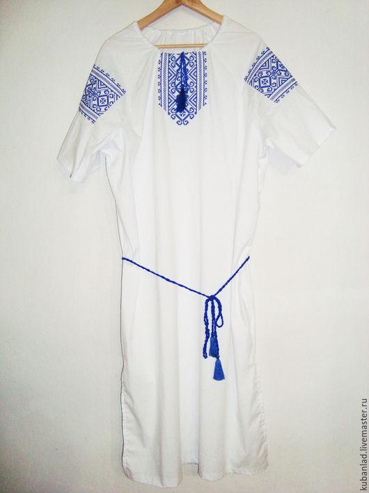 Туника вышитая. Рекомендуется носить с сарафаном или юбкой - материал лёгкий, полупрозрачный. Орнамент `Купальский узор`. Размеры 38-62.  Хлопок.