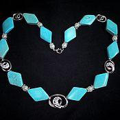 Украшения handmade. Livemaster - original item Necklace of turquoise (howlite) beads and mother of pearl. Handmade.