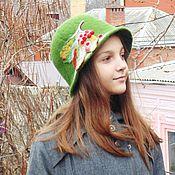 Аксессуары ручной работы. Ярмарка Мастеров - ручная работа Зелёная шапка с листом калины.. Handmade.