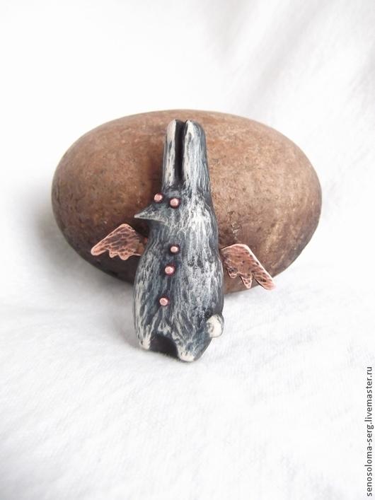 """Броши ручной работы. Ярмарка Мастеров - ручная работа. Купить Брошь """"Птицазаяц"""". Handmade. Брошь заяц, зайчик, деревянная брошь"""
