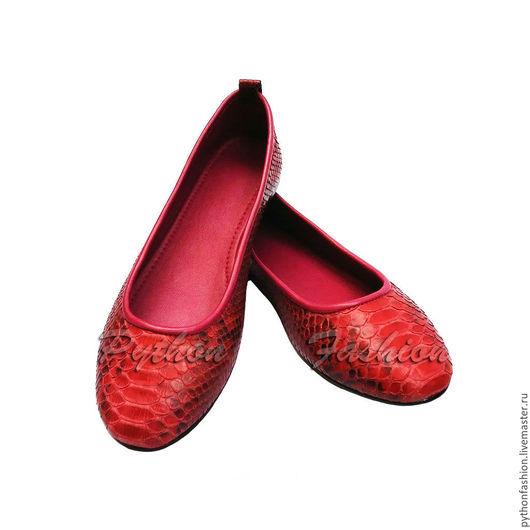 Яркие красивые балетки из питона на весну. Легкая удобная женская обувь из кожи питона на каждый день. Летняя женская обувь ручной работы на заказ. Модные стильные балетки из кожи питона на лето 2016.