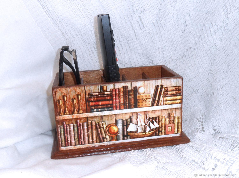 Подставка для пультов Любимые книги, Подставки, Новосибирск, Фото №1