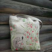 Сумки и аксессуары handmade. Livemaster - original item shopper: Linen bag with hand-painted hedgehog in lingonberry)). Handmade.