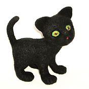 """Куклы и игрушки ручной работы. Ярмарка Мастеров - ручная работа """"Чёрный кот"""". Валяная игрушка. Handmade."""