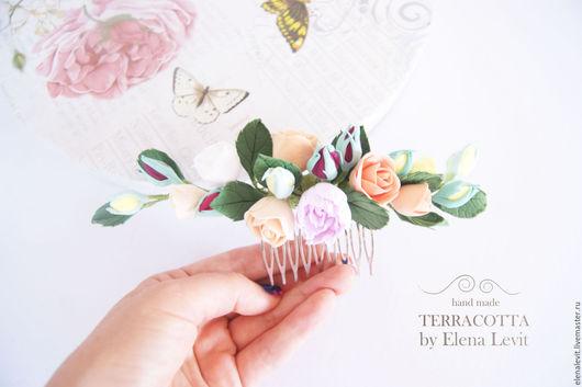 Гребень с цветами из полимерной глины. Terracotta by Elena Levit.