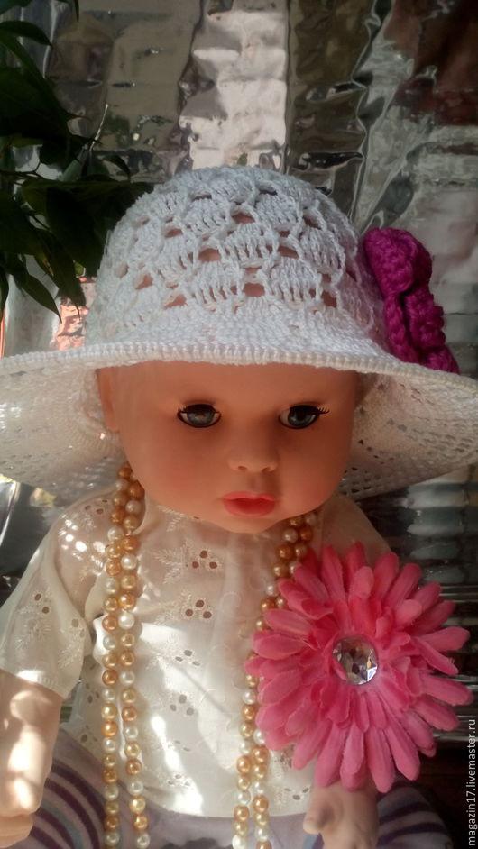 Шляпы ручной работы. Ярмарка Мастеров - ручная работа. Купить Белая шляпка связана крючком и  с цветком!!!. Handmade. Белый