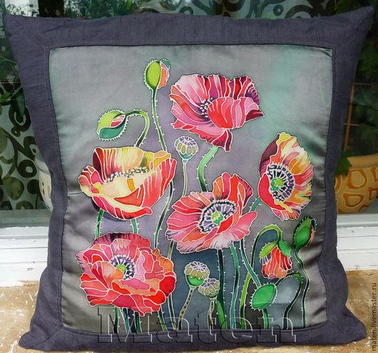 Декоративная подушка ручной работы`Маки`.Купить батик.Автор-Maten.Ярмарка мастеров.