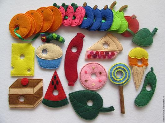 """Развивающие игрушки ручной работы. Ярмарка Мастеров - ручная работа. Купить Шнуровка из фетра """"Очень голодная гусеница"""". Handmade. Разноцветный"""