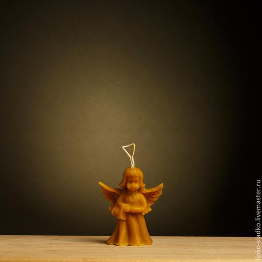 """Свечи ручной работы. Ярмарка Мастеров - ручная работа. Купить Свеча из  натурального пчелиного воска """"Ангел"""" (большой). Handmade. Оранжевый"""