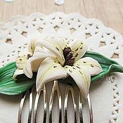 Украшения ручной работы. Ярмарка Мастеров - ручная работа Гребешок для волос с лилиями. Handmade.