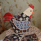 Для дома и интерьера ручной работы. Ярмарка Мастеров - ручная работа Грелка на чайник и две прихватки. Handmade.
