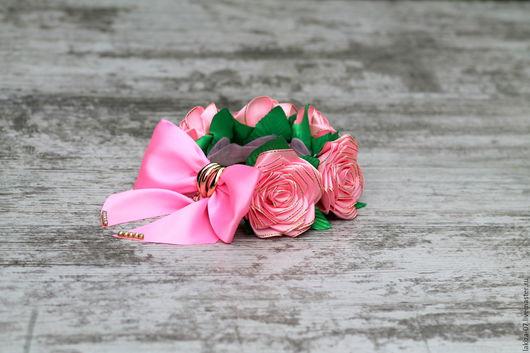 Диадемы, обручи ручной работы. Ярмарка Мастеров - ручная работа. Купить Шикарная резинка на пучок с розами из лент ручной работы. Handmade.