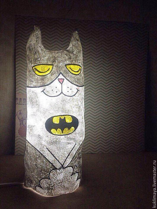 """Сказочные персонажи ручной работы. Ярмарка Мастеров - ручная работа. Купить Светильник """"Кот Бэтмен"""". Handmade. Кот, котбэтмен, котик"""