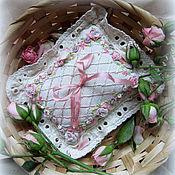 Свадебный салон ручной работы. Ярмарка Мастеров - ручная работа Подушка для колец Розовые мечты. Handmade.