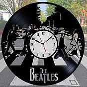 """Часы из виниловых пластинок ручной работы. Ярмарка Мастеров - ручная работа Часы из пластинки """"The Beatles"""". Handmade."""