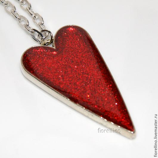 """Кулоны, подвески ручной работы. Ярмарка Мастеров - ручная работа. Купить Кулон """"сердце"""" с блестками (красный). Handmade. Ярко-красный"""