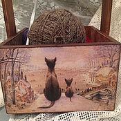 Для дома и интерьера ручной работы. Ярмарка Мастеров - ручная работа деревянный ящик короб для рукоделия хранения Коты подарок декупаж. Handmade.