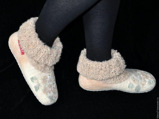 """Обувь ручной работы. Ярмарка Мастеров - ручная работа. Купить Валяные женские тапочки """"Крем-брюле"""". Handmade. Бежевый"""