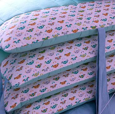 Для дома и интерьера ручной работы. Ярмарка Мастеров - ручная работа Комплект с бортиками для детской кроватки «Черепашки». Handmade.
