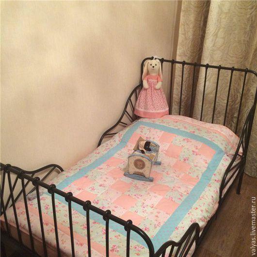 Пледы и одеяла ручной работы. Ярмарка Мастеров - ручная работа. Купить Лоскутное  покрывало Шебби Шик.  Детский комплект Шебби Шик для девочк. Handmade.