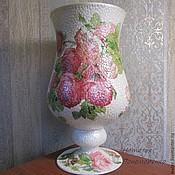 Вазы ручной работы. Стеклянная ваза  Шикарные розы