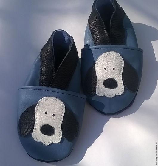 Кожаные тапочки`Собака` (от0-11лет).кожаная обувь.пинетки.чешки.домашняя обувь.обувь для детей