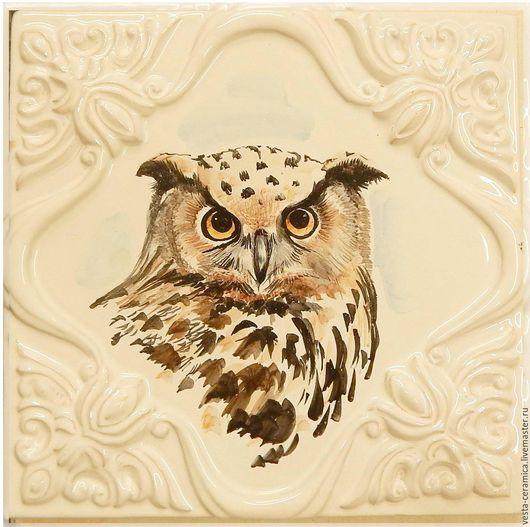 Изразец рельефный с изображением совы