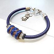 Браслет для шармов ручной работы. Ярмарка Мастеров - ручная работа Браслет с синей бусиной. Handmade.
