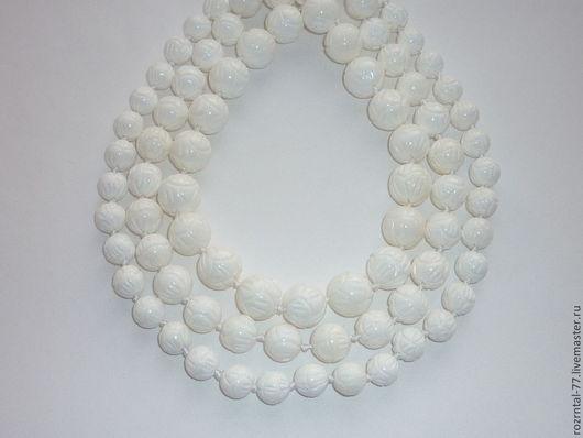 Агат белый резной 10,12,14 мм
