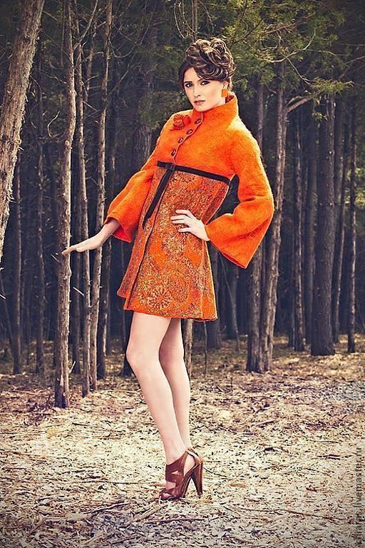 """Верхняя одежда ручной работы. Ярмарка Мастеров - ручная работа. Купить авторское пальто ручной работы из шерсти и шелка """"цвет жизни"""". Handmade."""