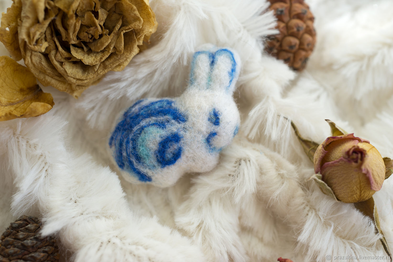 Bunny - Gzhel - wool pin felting, Brooches, Sevastopol,  Фото №1
