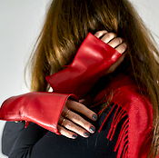 Аксессуары handmade. Livemaster - original item Red leather mitts with zipper, winter fashion, gifts for girls. Handmade.