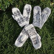 Аксессуары handmade. Livemaster - original item Mittens down with ornament female. Handmade.