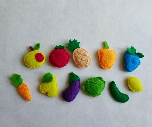 """Развивающие игрушки ручной работы. Ярмарка Мастеров - ручная работа. Купить Книжка """"Сад огород"""". Handmade. Для детей, фетр"""