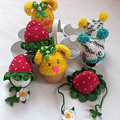 Подарки к праздникам handmade. Livemaster - original item hats for Easter eggs. Handmade.