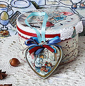 Подарки к праздникам handmade. Livemaster - original item Round box candy box with a secret