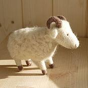 Куклы и игрушки ручной работы. Ярмарка Мастеров - ручная работа Просто барашек. Handmade.
