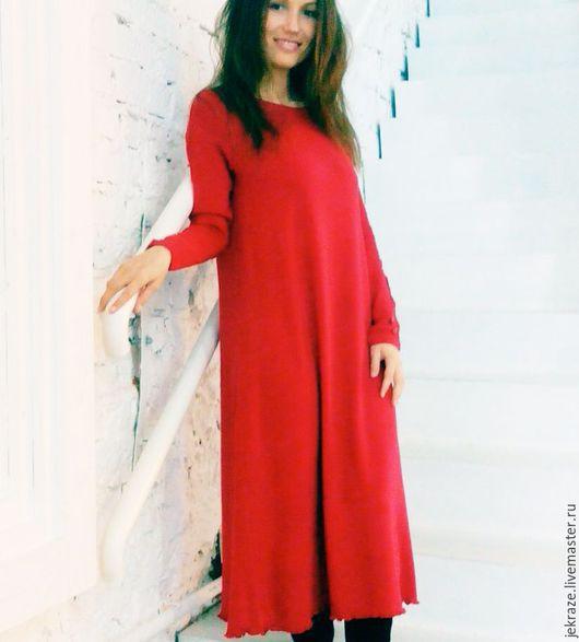 Платья ручной работы. Ярмарка Мастеров - ручная работа. Купить Красное трикотажное тёплое платье свободного силуэта. Handmade.