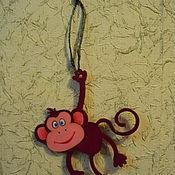 Подарки к праздникам ручной работы. Ярмарка Мастеров - ручная работа Подвеска обезьянка. Handmade.