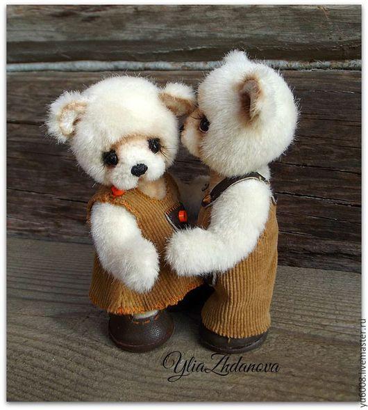 """Мишки Тедди ручной работы. Ярмарка Мастеров - ручная работа. Купить """"...а может это любовь?..."""". Handmade. Бежевый"""