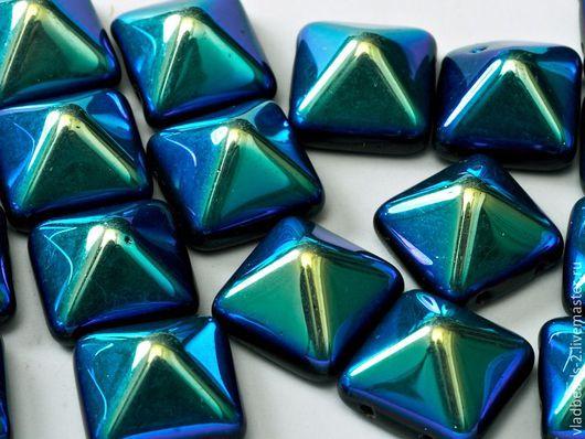 Для украшений ручной работы. Ярмарка Мастеров - ручная работа. Купить Бусина-пирамидка стеклянная чешская 12х12. Handmade.