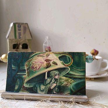 """Сувениры и подарки ручной работы. Ярмарка Мастеров - ручная работа """"Безумное чаепитие"""" - подставка под смартфон. Handmade."""