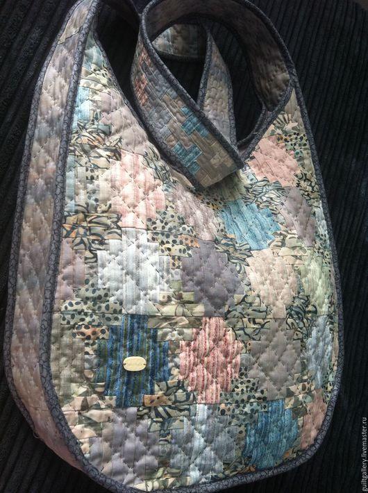 """Женские сумки ручной работы. Ярмарка Мастеров - ручная работа. Купить """" Граффити """" лоскутная сумка.. Handmade. Разноцветный"""