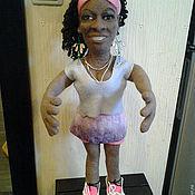 Куклы и игрушки ручной работы. Ярмарка Мастеров - ручная работа Портретная кукла из шерсти- теннисистка Серена Вильямс. Handmade.