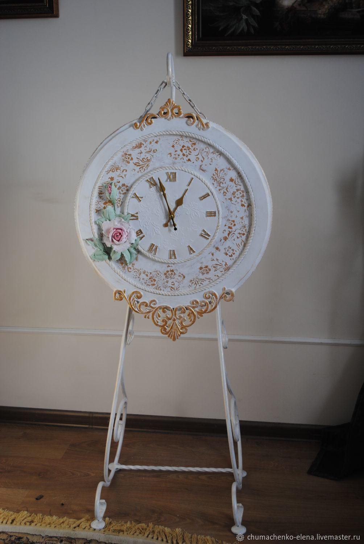 Часы классические на кованой подставке, Часы классические, Нижний Новгород,  Фото №1
