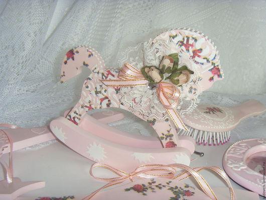 Детская ручной работы. Ярмарка Мастеров - ручная работа. Купить Лошадка-качалка деревянная декупаж розовая Нежность роз. Handmade.