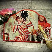 """Для дома и интерьера ручной работы. Ярмарка Мастеров - ручная работа """"Красотка"""" панно-вешалка. Handmade."""