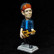 Статуэтки ручной работы. Ярмарка Мастеров - ручная работа Кит Ричардс The Rolling Stones, Фарфоровая статуэтка. Handmade.